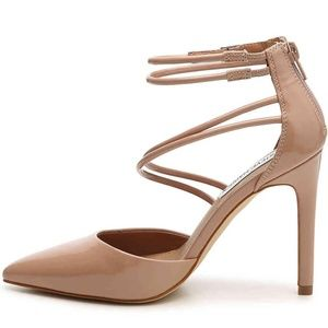 STEVE MADDEN NUDE PATENT LEATHER STRAPPY PUMPS 8